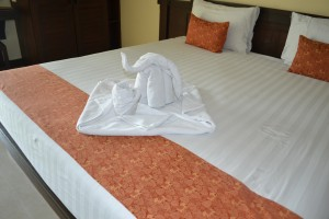 how to please hotel guests